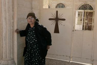 χριστιανή που έχει καφύγει σε εκκλησία στο Β.Ιράκ