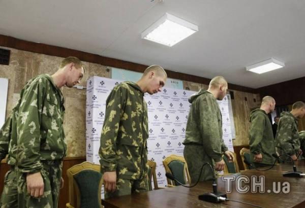 οι ρώσοι στρατιώτες στη συνέντευξη