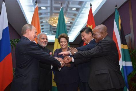 Οι ηγέτες Κίνας, Ρωσίας, Ινδίας, Βραζιλίας, Ν.Αφρκής (BRICS) G20