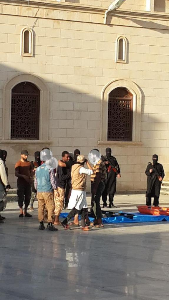 IS executes two young men in Derna in Libya accused of robbery 2
