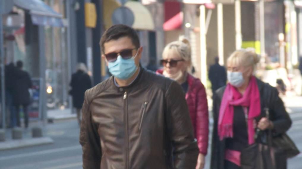To Συνταγματικό Δικαστήριο της Βοσνίας Ερζεγοβίνης έκρινε ότι αποτελεί παραβίαση των Ανθρωπίνων Δικαιωμάτων η απαγόρευση ελεύθερης κυκλοφορίας των πολιτών και η υποχρεωτική μάσκα!!!